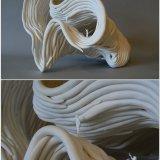 Porcelana y figuras plásticas 35x33x25cm  - Alfredo Eandrade