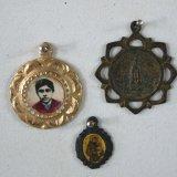 Religious medals 50x150x40cm - Alfredo Eandrade